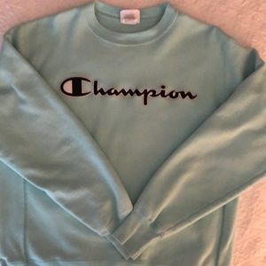 🏀🏀 Champion Sweatshirt 🏀🏀 Size Medium